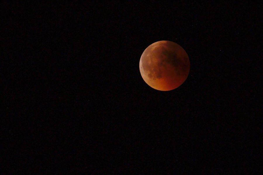 011 Mond klar